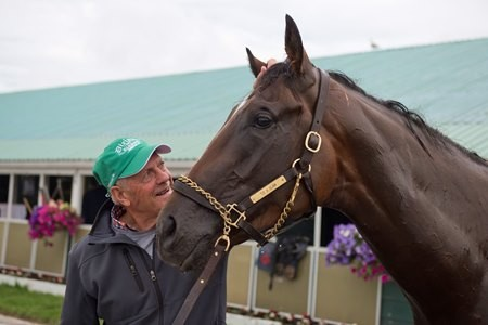 Thumbnail for Fastest Horses at Woodbine Last Week; Sir Barton Preview; Roger's 80