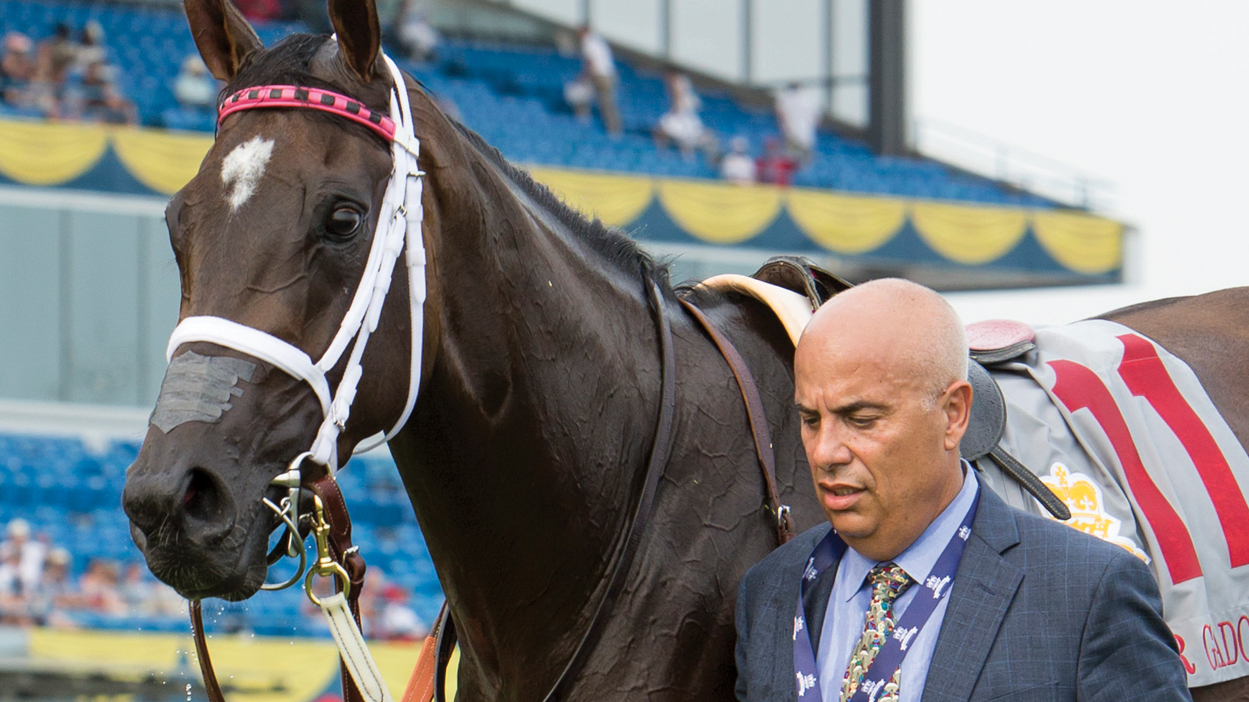 Mark Casse and 2018 Canadian Horse of the Year Wonder Gadot. (Dave Landry photo)